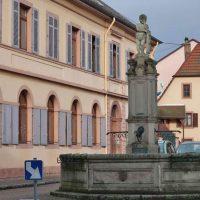 Fontaine au centre de Sainte-Croix-aux-Mines